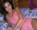 Jeune marocaine nue dans sa chambre