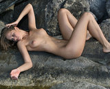 Belle jeune nudiste